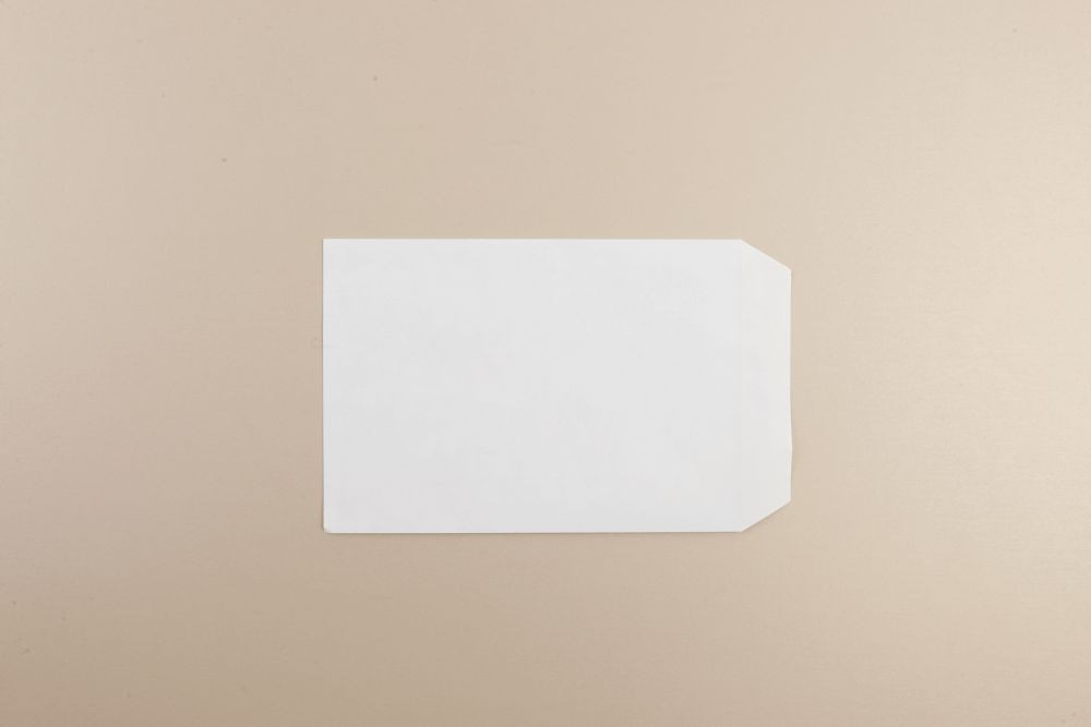 White Wove Envelope 90gm C5 229x162mm Self Seal Pack 500