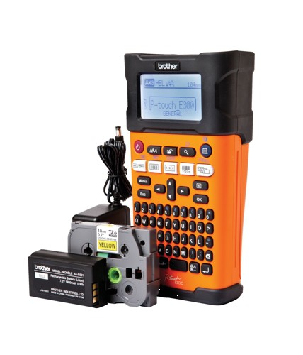 Brother PTE-300VP Handheld Electrician Labelmaker and Case