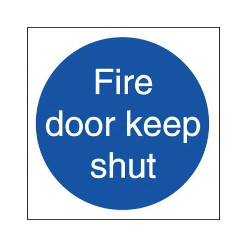 Stewart Superior Fire Door Keep Shut Self Adhesive Sign Ref M014PVC [Pack 5]