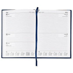5 Star 2016 A4 2Day to Page Diary Blue