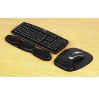 Acco Kensington Gel Keyboard Wrist Rest Black 62385
