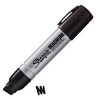 Sharpie Magnum Permanent Marker Extra Large Chisel Tip Black S0949850