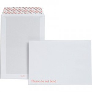 Plus Fabric Envelopes Prestige Board-backed Peel and Seal 120gsm White C4 [Pack 125]