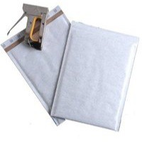 Mail Lite Plus Bubble-Lined Postal Bag Peel and Seal Oyster 220x260mm Pack of 100 MLPE/2