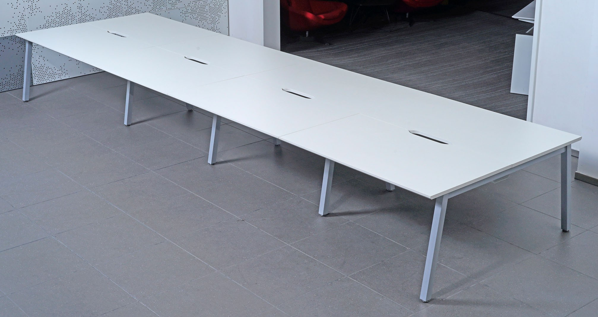 Bench 1600mm Back to Back Desk Add-on (WxDxH) 1600x800x730mm (White Tops, Leg Colour must be specified)